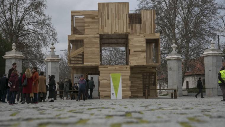 Una casa de madera en medio de Madrid Río