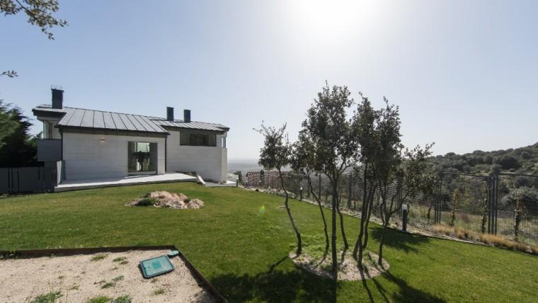 ¿Cómo aprovechar al máximo la energía solar que recibe una casa?