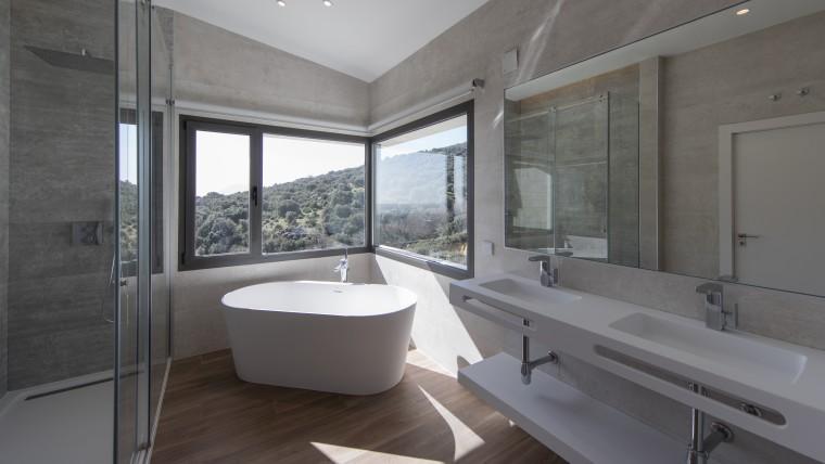 Descubre las tendencias 2021 en interiorismo para cuartos de baño